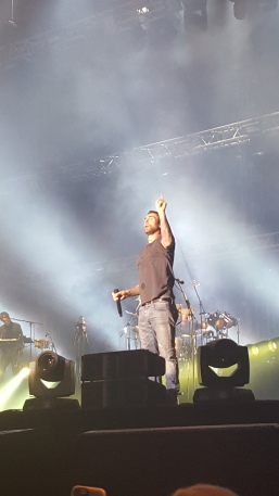 Adam Levine, Bucharest