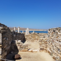 THE MYSTERIOUS ISLAND OF DELOS