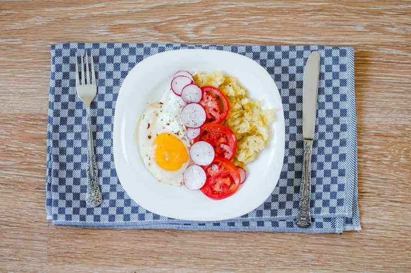food meal potatoes tomatoes